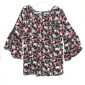 NWT Olivia & Grace Black Floral tunic top Size M